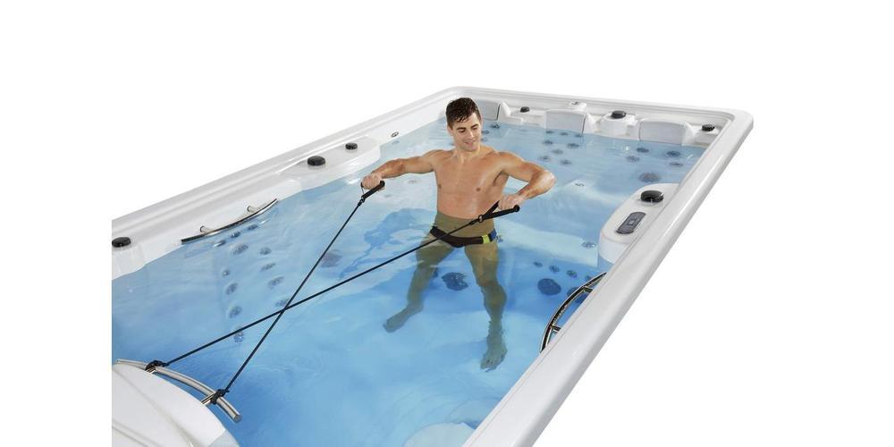 Utilizzare il Nuoto Controcorrente per l'Idrokinesiterapia