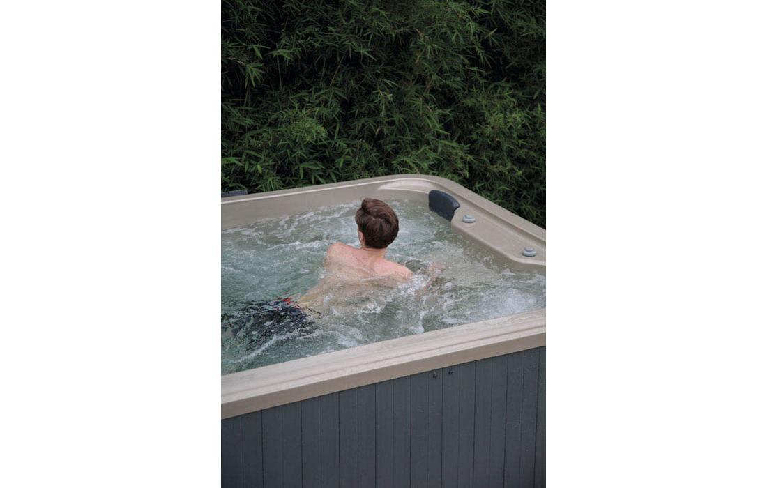piscina nuoto controcorrente rapallo dettaglio 1