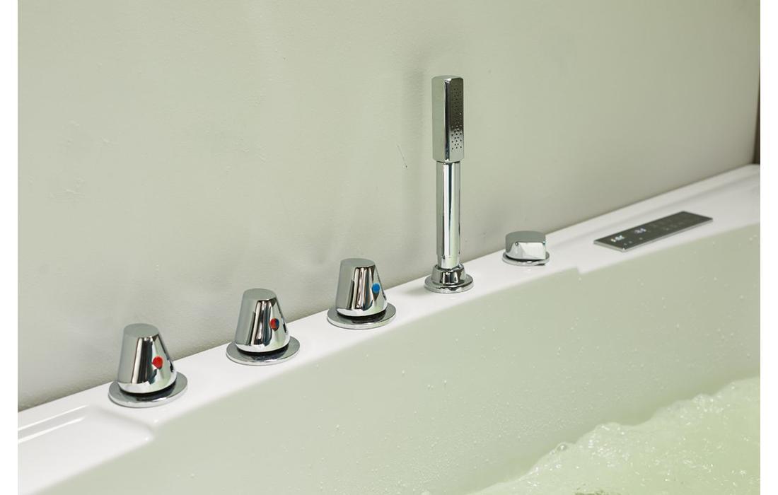 vasca idromassaggio capraia dettaglio rubinetteria 2