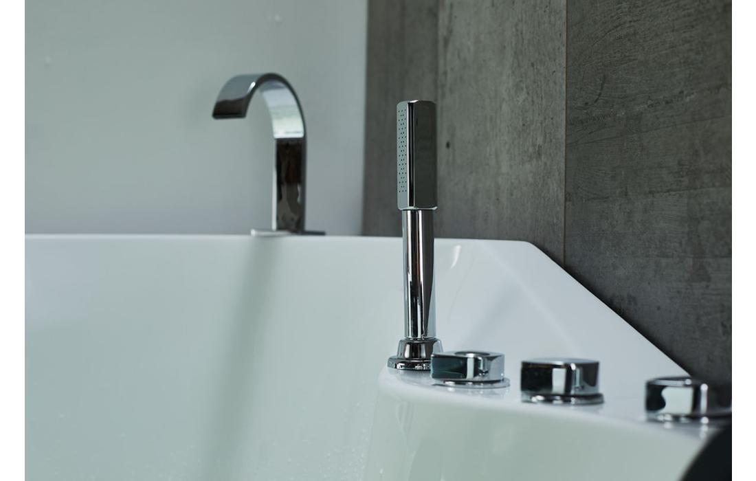 vasca idromassaggio palmaria dettaglio rubinetteria