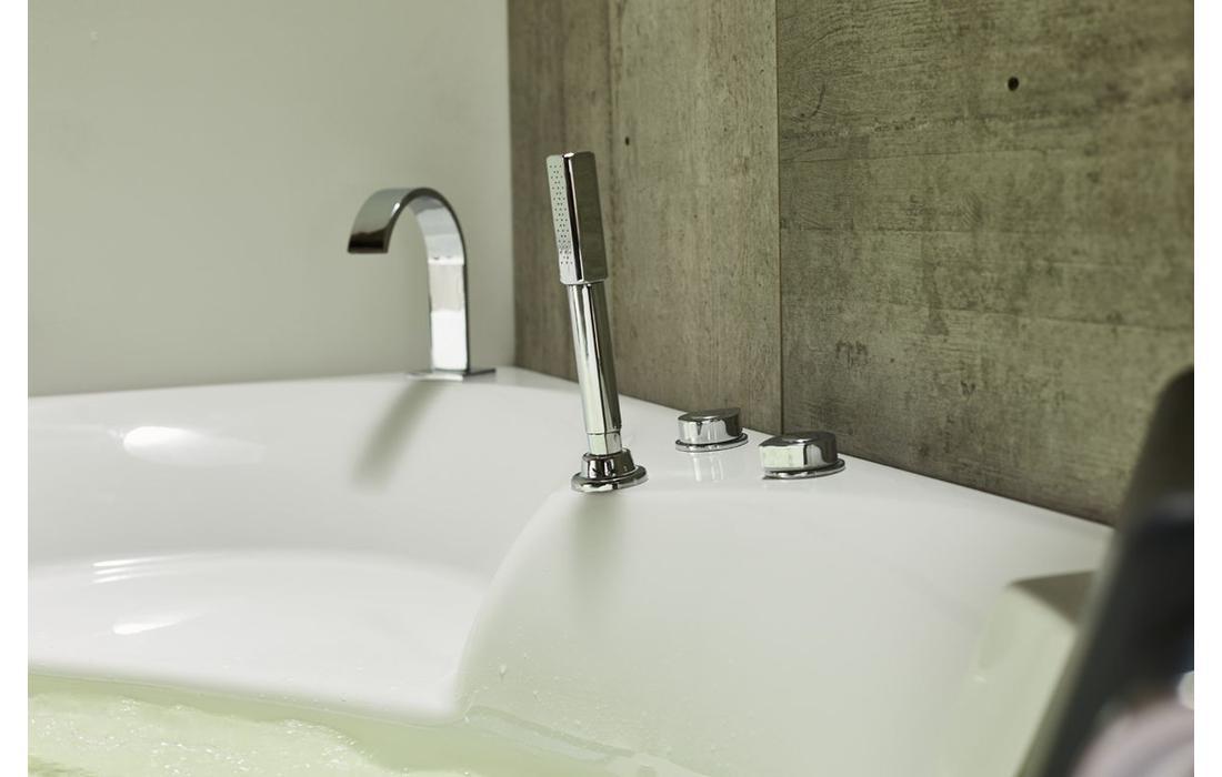 vasca-idromassaggio-roma-dettaglio-rubinetteria