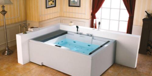 Avere la vasca idromassaggio in camera, scopriamo i vantaggi